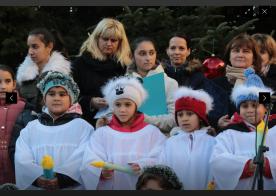 Screenshot-2017-12-6 A görögkatolikus egyház közreműködésével gyújtották meg az első adventi gyertyát Szolnokon SZOLJON(5)